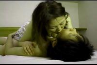 【人妻動画】巨乳奥様シリーズ☆キスのお上手な熟女さん!ハメハメ中も接吻したくて感じちゃうの!